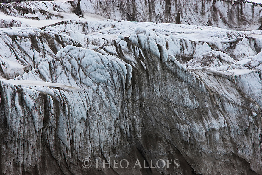 Norway, Svalbard, dirty glacier front