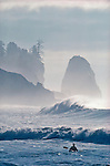 Surf kayaking, La Push, Olympic National Park, Olympic Peninsula, Washington State, Pacific Northwest, USA, Pacific Ocean.