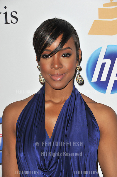 Kelly Rowland at the 2011 Clive Davis pre-Grammy party at the Beverly Hilton Hotel..February 12, 2011  Beverly Hills, CA.Picture: Paul Smith / Featureflash