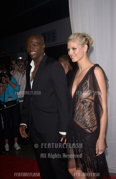 Supermodel HEIDI KLUM & boyfriend singer SEAL at the 16th Annual World Music Awards at the Thomas and Mack Centre, Las Vegas..September15, 2004
