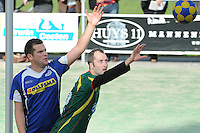 KORFBAL: GORREDIJK: sportpark Kortezwaag, 23-09-2012, hoofdklasse A, LDODK - SCO, Eindstand 12-13, Wolter Achttien (#11 | SCO), Markus de Boer (#16 | LDODK), ©foto Martin de Jong