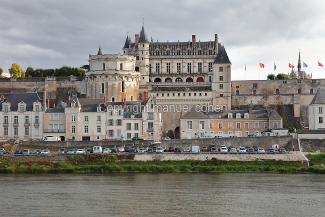 The Chateau d'Amboise, a medieval castle of the Loire Valley which became a royal residence in the 15th century and was largely reworked in the 15th and 16th centuries, on the River Loire, at Amboise, Indre-et-Loire, Centre, France. The Tour des Minimes is to the left, and the royal residence behind. Charles VIII was responsible for much of the building work before his death in 1498, turning the building from a medieval fortress to a Gothic palace. Renaissance and Italianate additions were installed under Francois I and Henri II. The chateau is listed as a historic monument. Picture by Manuel Cohen