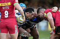 Anthony Perenise of Bath Rugby prepares to scrummage against his opposite number. Aviva Premiership match, between Bath Rugby and Harlequins on November 25, 2017 at the Recreation Ground in Bath, England. Photo by: Patrick Khachfe / Onside Images