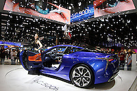 SÃO PAULO,SP, 12.11.2016 - SALÃO-AUTOMOVEL - Movimentação no Salão Internacional do Automóvel 2016, no São Paulo Expo, na zona sul de São Paulo (SP), neste sábado, 12. (Foto: Paulo Guereta/Brazil Photo Press)