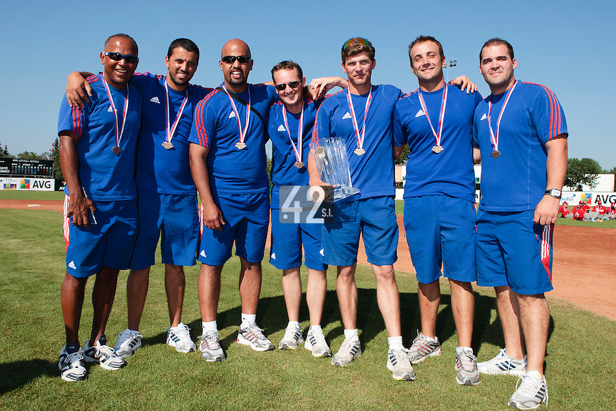 22 August 2010: Gerardo Leroux, Jamel Boutagra, Keino Perez, Rodolphe Le Meur, Boris Rothermundt, Jean-Michel Mayeur, Vincent Ferreira, pose with the trophy at the 2010 European Championship, under 21, in Brno, Czech Republic.