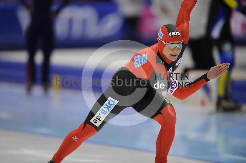 SCHAATSEN: HEERENVEEN: IJsstadion Thialf, 12-01-2013, Seizoen 2012-2013, Essent ISU EK allround, 500m Ladies, Claudia Pechstein (GER), ©foto Martin de Jong