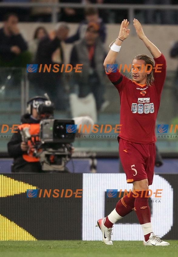Philippe Mexes celebrates scoring <br /> Esultanza di Philippe Mexes dopo il gol<br /> Italian &quot;Serie A&quot; 2006-07 <br /> 31 Mar 2007 (Match Day 30) <br /> Roma Milan (1-1) <br /> &quot;Olimpico&quot; Stadium-Roma-Italy <br /> Photographer Andrea Staccioli INSIDE