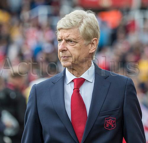 19th August 2017, bet365 Stadium, Stoke-on-Trent, England; EPL Premier League football, Stoke City versus Arsenal; Arsenal manager Arsene Wenger