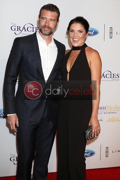 Scott Foley, Marika Dominczyk<br /> at the 41st Annual Gracie Awards Gala, Beverly Wilshire Hotel, Beverly Hills, CA 05-24-16<br /> David Edwards/DailyCeleb.com 818-249-4998