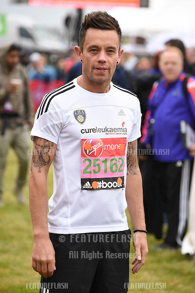 Lee Hendrie at the start of the 2015 London Marathon, Blackheath Common, Greenwich, London. 26/04/2015 Picture by: Steve Vas / Featureflash