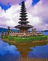 Pura Ulun Danu Bratan Temple, Hindu Temple Dedicated to Lake Goddess, Lake Bratan, Island of Bali, Indonesia