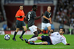 Frank Lampard of England tackles Eddie Johnson of USA during the Friendly International match at Wembley Stadium, London. Picture date 28th May 2008. Picture credit should read: Simon Bellis/Sportimage