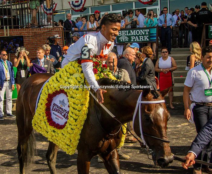 JUNE 08, 2019 : Mitole, with Ricardo Santana Jr, wins the Metropolitan Handicap, at Belmont Park, in Elmont, NY, June 8, 2019.  Sue Kawczynski_ESW_CSM