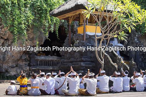 Goa Lawah, Fledermaushoehle, Bali