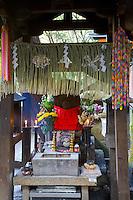 Kyoto City, Japan<br /> Shrine detail in the Fushimi Inari Shinto shrine