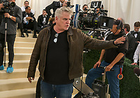 Ocean's 8 (2018)<br /> (Ocean's Eight)<br /> Behind the scenes photo of Gary Ross (Director)<br /> *Filmstill - Editorial Use Only*<br /> CAP/MFS<br /> Image supplied by Capital Pictures