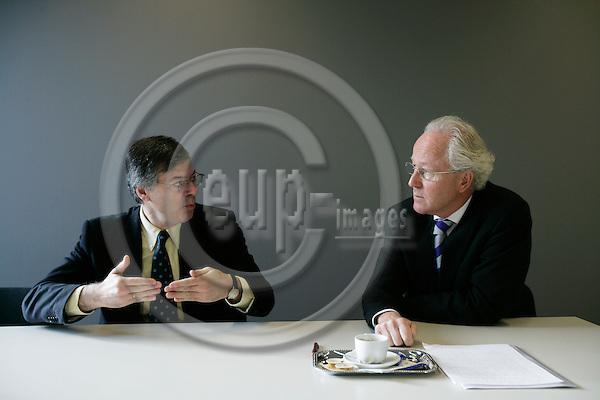 BRUSSELS - BELGIUM - 07 NOVEMBER 2006 -- Andre SAPIR (L) Professor of economics at ECARES, Université Libre de Bruxelles and Lars HEIKENSTEN (R) Swedish Member of the European Court of Auditors in Audit Group II, Structural and internal policies.   PHOTO: ERIK LUNTANG / EUP-IMAGES