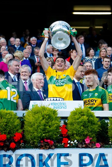 Nelu O'Doherty Kerry Minors celebrate with the Tom Markham Cup after defeating Derry in the All-Ireland Minor Footballl Final in Croke Park on Sunday.