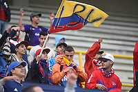 TUNJA -COLOMBIA, 01-03-2017. Hinchas de Independiente Medellín animan a su equipo durante partido con Patriotas FC por la fecha 7 de la Liga Águila I 2017 realizado en el estadio La Independencia en Tunja. / Fans of Independiente Medellin cheer for their team during match with Patriotas FC for the date 7 of Aguila League I 2017 at La Independencia stadium in Tunja. Photo: VizzorImage/César Melgarejo/Cont