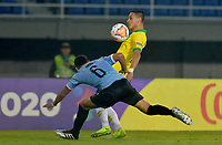 PEREIRA - COLOMBIA, 22-01-2020: Antony Matheus de Brasil disputa el balón con Maximiliano Araujo de Uruguay durante partido entre Brasil y Uruguay por la fecha 2, grupo B, del CONMEBOL Preolímpico Colombia 2020 jugado en el estadio Hernan Ramirez Villegas en Pereira, Colombia. / Antony Matheus of Brazil fights the ball with Maximiliano Araujo of Uruguay during the match between Brazil and Uruguay for the date 2, group B, for the CONMEBOL Pre-Olympic Tournament Colombia 2020 played at Hernan Ramirez Villegas stadium in Pereira, Colombia. Photo: VizzorImage / Cristian Alvarez / Cont