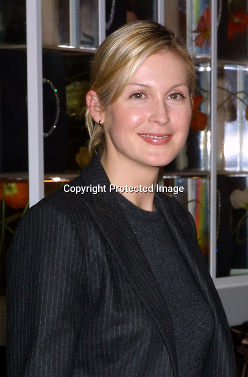 ©2003 KATHY HUTCHINS / HUTCHINS PHOTO.Wed, Jan 15, 2003.INSTYLE RED CARPET PREVIEW EVENT.BEVERLY HILLS HOTEL.BEVERLY HILLS, CA.KELLY RUTHERFORD