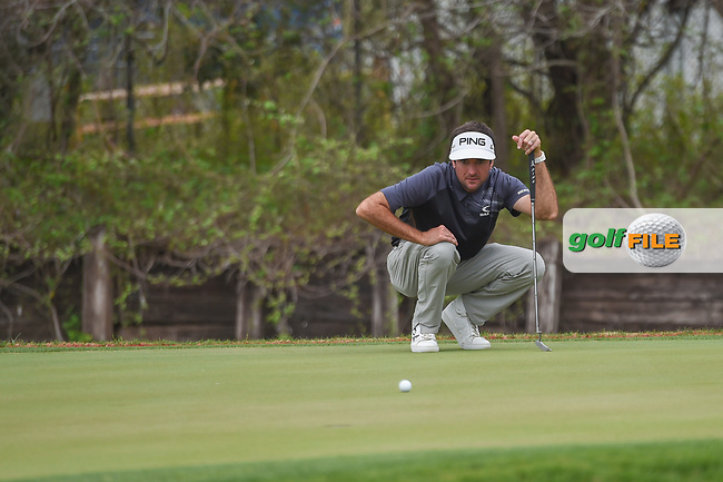 Bubba Watson (USA) lines up his championship match winning putt during day 5 of the World Golf Championships, Dell Match Play, Austin Country Club, Austin, Texas. 3/25/2018.<br /> Picture: Golffile | Ken Murray<br /> <br /> <br /> All photo usage must carry mandatory copyright credit (© Golffile | Ken Murray)