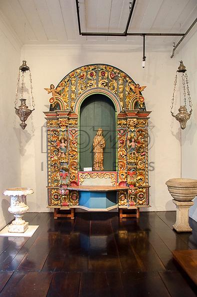 Retábulo com imagem da Santa Virgem, século XVI, madeira com vestígios de policromia, Espanha. Acervo do Museu de Arte Sacra de São Paulo, São Paulo - SP, 02/2013.