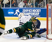 Alec Richards (Yale - 33), Matt Marshall (Vermont - 17) - The University of Vermont Catamounts defeated the Yale University Bulldogs 4-1 in their NCAA East Regional Semi-Final match on Friday, March 27, 2009, at the Bridgeport Arena at Harbor Yard in Bridgeport, Connecticut.