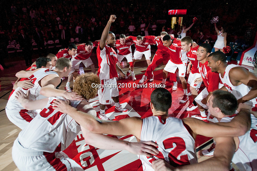Wisconsin Badgers guard Wquinton Smith (2) leads the team during a pregame huddle during an NCAA college basketball game against the North Carolina State Wolfpack during the ACC/Big Ten Challenge at the Kohl Center in Madison, Wisconsin on December 1, 2010. Wisconsin won 87-48. (Photo by David Stluka)