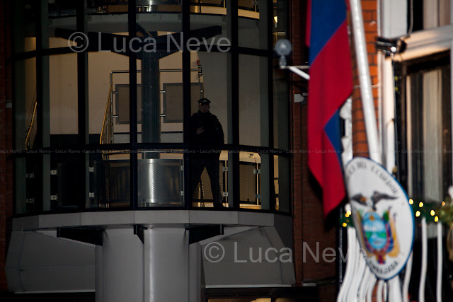 London, 20/12/2012. Today, Julian Assange to mark his 6th month inside the Ecuadorian Embassy made a speech from the balcony of his place of asylum in Knightsbridge. The Wikileaks founder addressed supports and members of the press saying that Wikileaks during 2013 will release one million documents related to every country in the world.<br />
