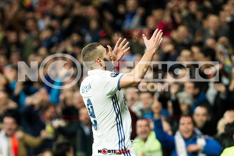 Real Madrid's Karim Benzema  during Champions League match between Real Madrid and Borussia Dortmund  at Santiago Bernabeu Stadium in Madrid , Spain. December 07, 2016. (ALTERPHOTOS/Rodrigo Jimenez) /NortePhoto.com