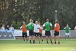 FBL 09/10 Traininglager  Werder Bremen Norderney 2007 Day 02<br /> <br /> Training Samstag nachmittag<br /> <br /> Thomas Schaaf ( Bremen GER - Trainer  COACH) im Gespraech mit Peter Niemeyer ( Bremen GER #25 )<br /> <br /> Foto &copy; nph (nordphoto)