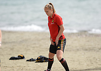 20180305 - LARNACA , CYPRUS :  Belgian Janice Cayman pictured during a Muscular warm up training session on the beach before a women's soccer game between The Belgian Red Flames and Austria , on monday 5 March 2018 on the CTO Beach in Larnaca , Cyprus . The game will be the third game in group B for Belgium during the Cyprus Womens Cup , a prestigious women soccer tournament as a preparation on the World Cup 2019 qualification duels. PHOTO SPORTPIX.BE | DAVID CATRY