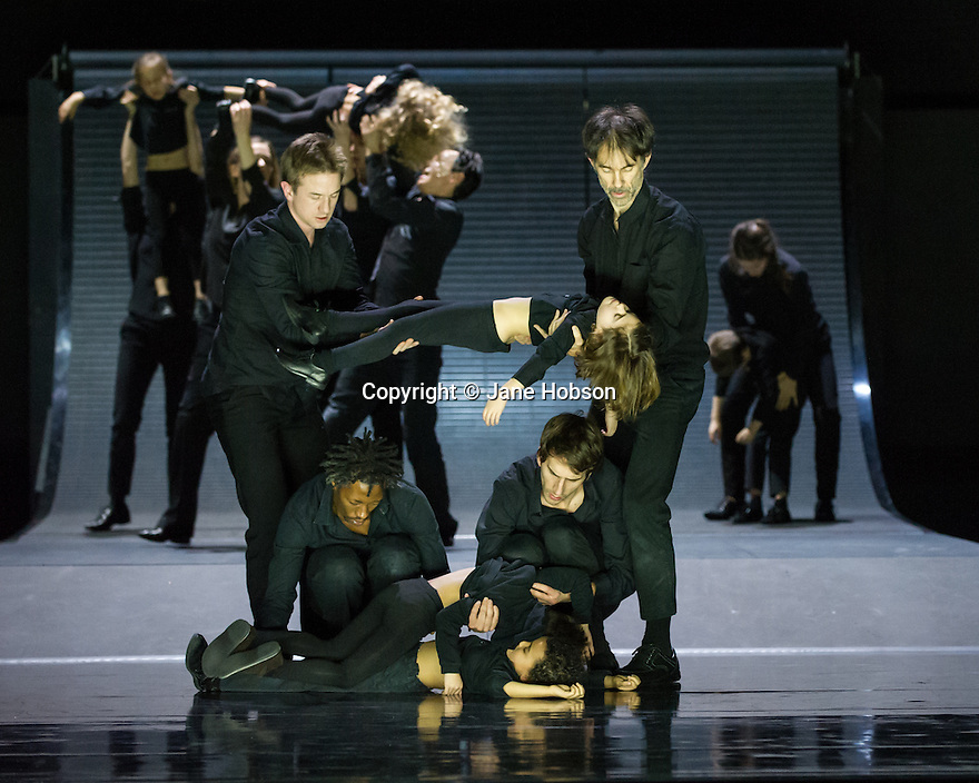 London, UK. 28.01.2014. Boris Charmatz/ Musee de la Danse presents ENFANT, in its UK premiere at Sadler's Wells. Photograph shows: the ensemble. Photograph © Jane Hobson.