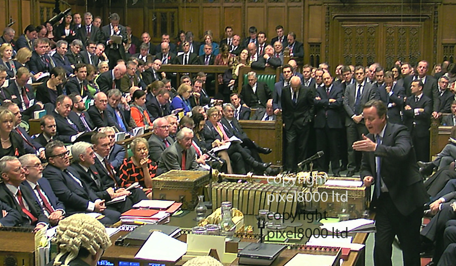 Pic shows:  House of Commons debate on whether to authorise air strikes in Syria <br /> <br /> David Cameron faced calls to apologise<br /> <br /> <br /> Picture by Pixel8000 07917221968