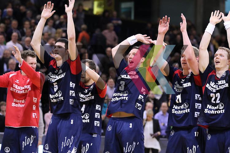 Flensburg, 25.02.15, Sport, Handball, DKB Bundesliga, 20. Spieltag, SG Flensburg-Handewitt - TuS N-L&uuml;bbecke : Jubel nach Sieg<br /> <br /> Foto &copy; P-I-X.org *** Foto ist honorarpflichtig! *** Auf Anfrage in hoeherer Qualitaet/Aufloesung. Belegexemplar erbeten. Veroeffentlichung ausschliesslich fuer journalistisch-publizistische Zwecke. For editorial use only.