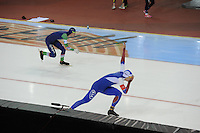 SPEED SKATING: SALT LAKE CITY: 21-11-2015, Utah Olympic Oval, ISU World Cup, 1000m Men, Gerben Jorrtisma (NED), Pavel Kulizhnivkov (RUS), ©foto Martin de Jong