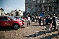 17-9-09, Netherlands,  Maastricht, Tennis, Daviscup Netherlands-France, Straattennis op de markt met Jan Siemerink