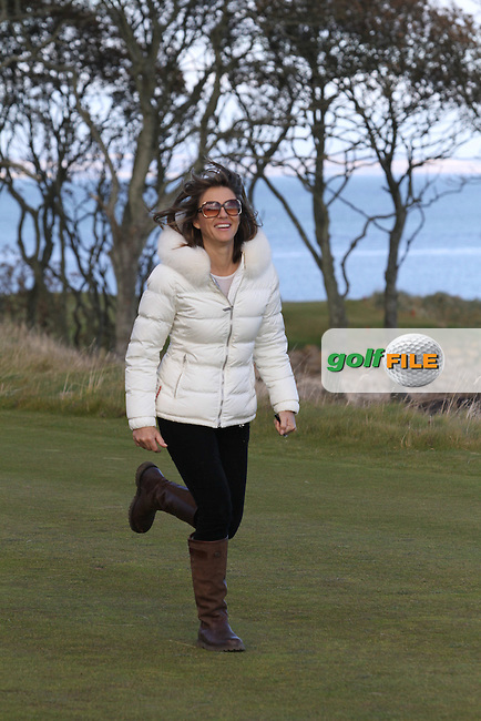 Liz Hurley follows her partner Shane Warne (AM) on the 12th in Kingsbarns on the 3rd Day at the Alfred Dunhill Links Championship, Old Course St. Andrews, Carnoustie and Kingsbarns, Scotland...(Photo Jenny Matthews/www.golffile.ie)
