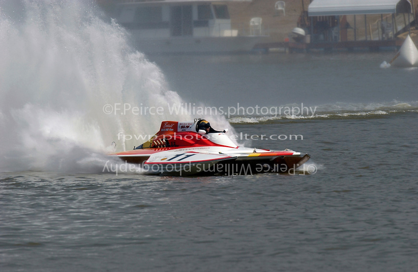 "2003 Madison Regatta, 5-6 July 2003, Madison, IN USA                                .""Executif"" GP-11, Jeff Buckley, 1987 Staudacher Grand Prix hydroplane..F. Peirce Williams .photography.P.O.Box 455  Eaton, OH 45320 USA.p: 317.358.7326  fpwp@mac.com"