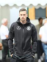 Julian Draxler (Deutschland, Germany) kommt zur Pressekonferenz - 28.05.2018: Pressekonferenz der Deutschen Nationalmannschaft zur WM-Vorbereitung in der Sportzone Rungg in Eppan/Südtirol