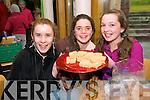 Molly Sweeney, Ballydavid, Naomi O Curran, Dingle, and Sibeal Cuffe, Baile An Eanaigh, enjoying the Dun Chaoin Craft Fair at the Blasket Centre on Sunday afternoon.