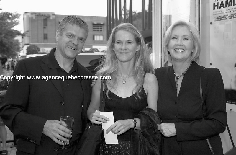 Sept 11 2003, Montreal, Quebec, CANADA<br /> <br /> Andree Lachapelle (R) at the TNM (Theatre du Nouveau Monde )  presentation of HAMLET, SEpt 11 2003<br /> <br /> <br /> Photo by Pierre Roussel - Images Distribution<br /> (c) 2003, Pierre Roussel<br /> <br /> all our pcan be seen on www.photoreflect.com