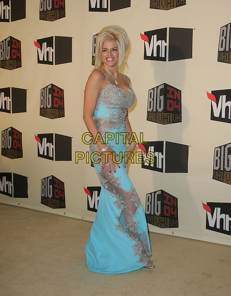 ANNA NICOLE SMITH.The VH1 Big in 04  Award Show held at The Shrine Auditorium in Los Angeles, California .December 1, 2004.full length, blue, turquoise dress, chiffon, see through, see thru.www.capitalpictures.com.sales@capitalpictures.com.Supplied by Capital Pictures