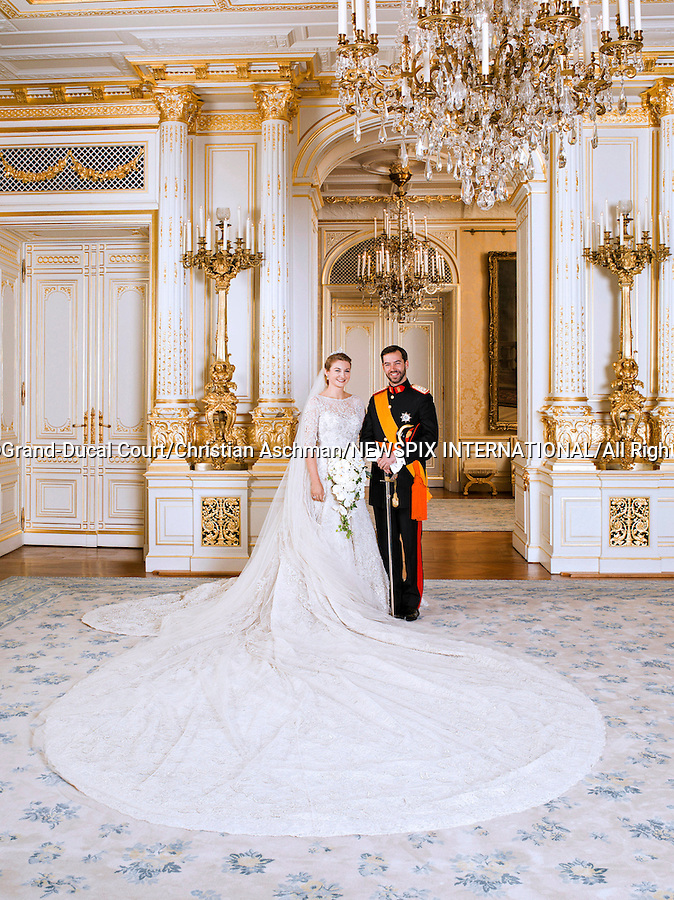 """Wedding of HRH the Hereditary Grand Duke Guillaume and Countess Stéphanie de Lannoy.Official Wedding photograph at the Grand-Ducal Palace, Luxembourg_20-10-2012.Mandatory credit photo: ©Grand-Ducal Court/Christian Aschman/NEWSPIX INTERNATIONAL..(Failure to credit will incur a surcharge of 100% of reproduction fees)..                **ALL FEES PAYABLE TO: """"NEWSPIX INTERNATIONAL""""**..IMMEDIATE CONFIRMATION OF USAGE REQUIRED:.Newspix International, 31 Chinnery Hill, Bishop's Stortford, ENGLAND CM23 3PS.Tel:+441279 324672  ; Fax: +441279656877.Mobile:  07775681153.e-mail: info@newspixinternational.co.uk"""
