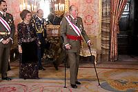 MADRI, ESPANHA, 06 JANEIRO 2013 - PARADA MILITAR ANO NOVO - O Rei Juan Carlos durante Parada Militar do Ano Novo no Palacio Real de Madri capital da Espanha, neste domingo, 06/01/2013. (FOTO: MIGUEL CORDOBA / ALFAQUI / BRAZIL PHOTO PRESS).