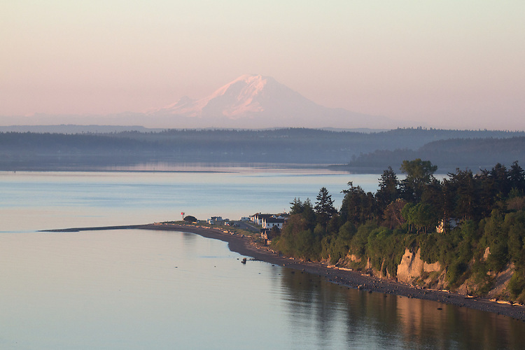 Puget Sound, Port Townsend, Mount Rainier, Fort Worden, Washington State Parks, Point Hudson, sunrise, Olympic Peninsula, Washington State, Pacific Northwest, USA,