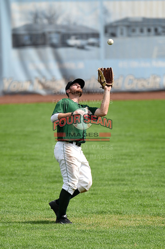 Clinton LumberKings outfielder Brett Thomas (8) catches a fly ball during a game against the Beloit Snappers on August 17, 2014 at Ashford University Field in Clinton, Iowa.  Clinton defeated Beloit 4-3.  (Mike Janes/Four Seam Images)