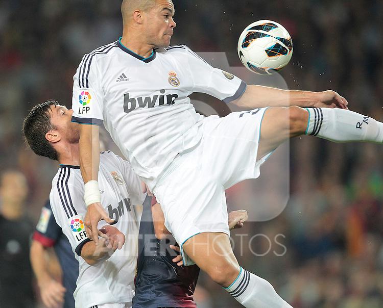 Real Madrid's Pepe during la Liga match on october 7th 2012. ..Photo: Cesar Cebola  / ALFAQUI