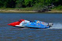 Frame 7: Final lap of heat race 2: Jeremiah Mayo (#8), Chris Hughes (#17)       (SST-45)